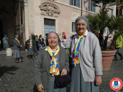 Sisters-in-Rome-2015-(136)